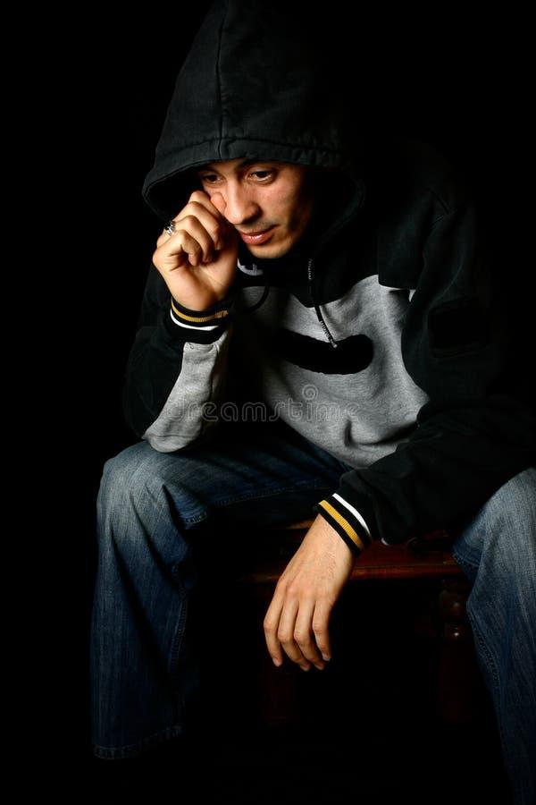 καταθλιπτικές νεολαίες ατόμων στοκ φωτογραφία με δικαίωμα ελεύθερης χρήσης