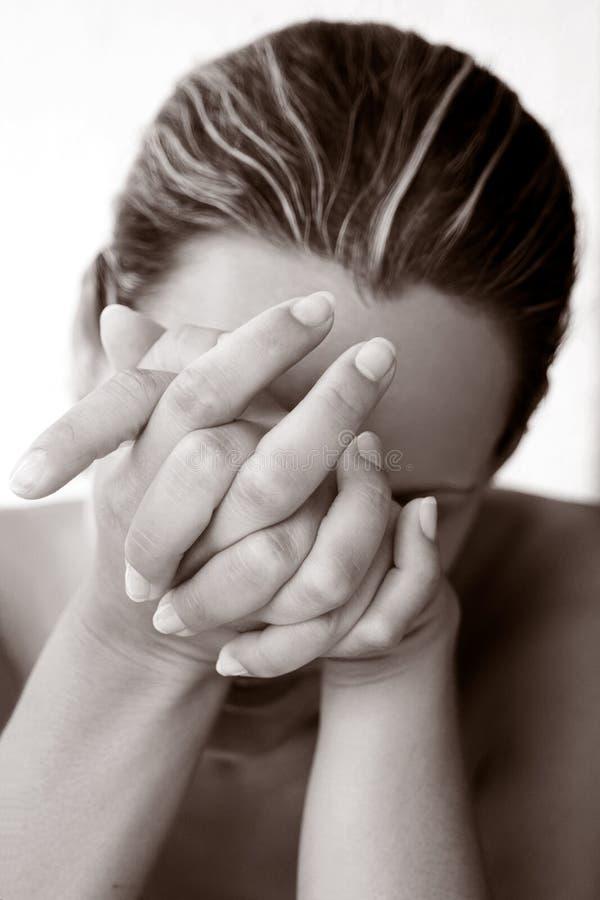 καταθλιπτικές νεολαίε&sig στοκ εικόνες