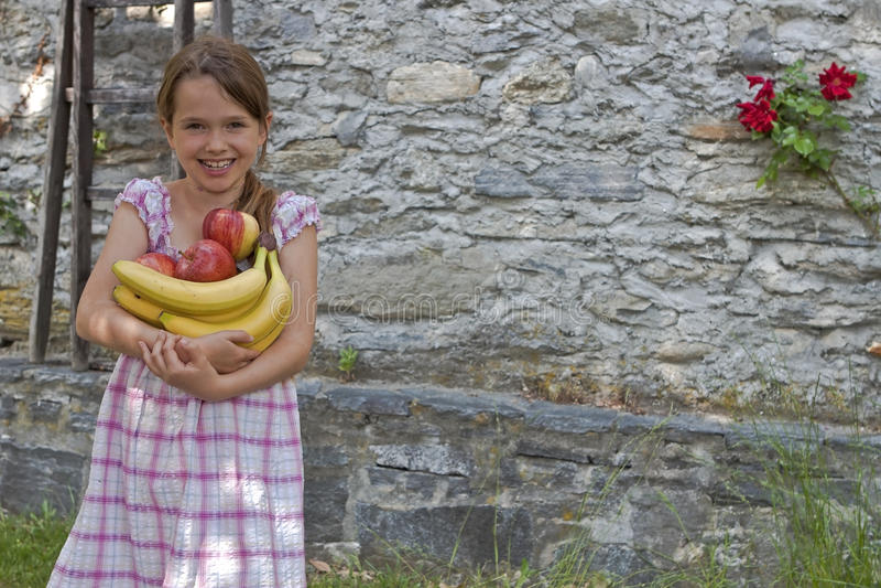κατανάλωση του κοριτσι&o στοκ εικόνες με δικαίωμα ελεύθερης χρήσης