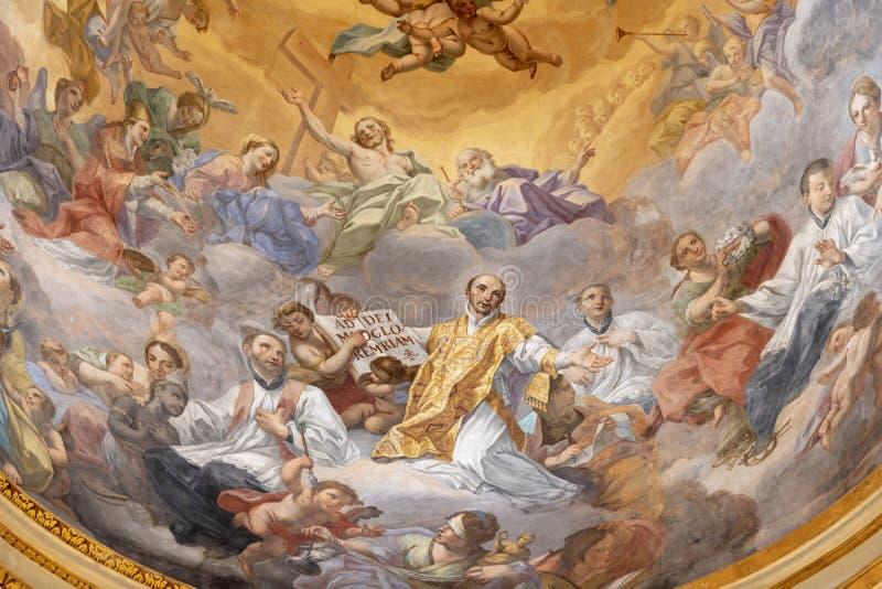 ΚΑΤΑΝΙΑ, ΙΤΑΛΙΑ - 6 ΑΠΡΙΛΊΟΥ 2018: Η νωπογραφία της αποθέωση του ST Ignace στο θόλο της εκκλησίας Chiesa Di SAN Francesco Borgia στοκ εικόνα