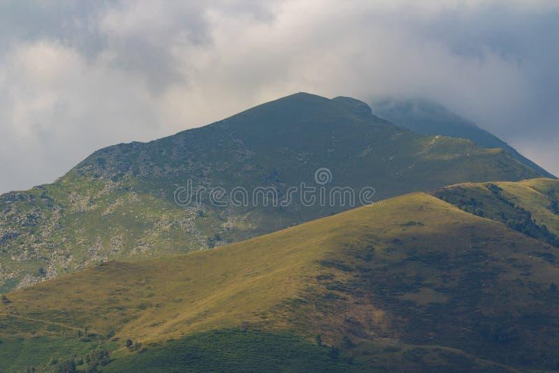 Καταπληκτικά ιταλικά βουνά στοκ εικόνες