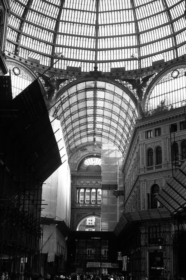 Καταπληκτικές λεπτομέρειες Galleria Umberto I στη Νάπολη στοκ εικόνα