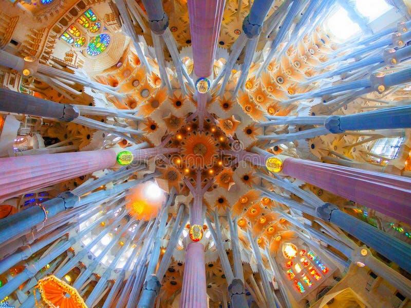Καταπληκτική άποψη καθεδρικών ναών της Βαρκελώνης στοκ φωτογραφία