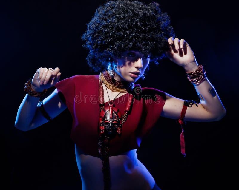 καταπληκτικό κορίτσι afro στοκ εικόνες