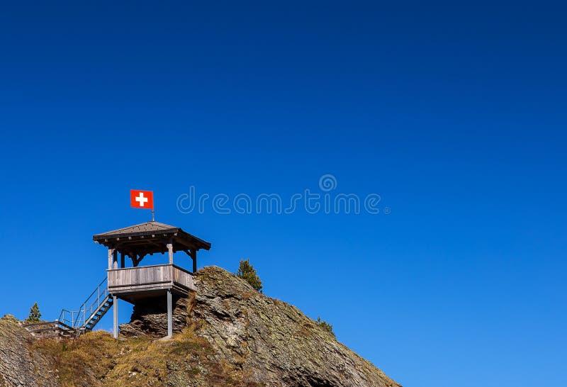 """Καταπληκτικό σημείο άποψης πανοράματος πάνω από Ï""""Î¿ μέγιστο βουνό για Ï στοκ εικόνες"""
