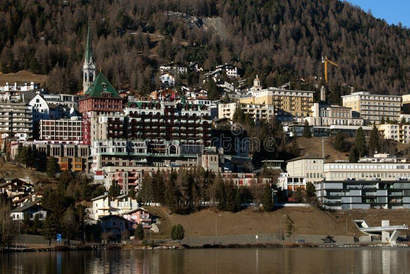 Καταπληκτικό τοπίο βουνών από το ST Moritz, Ελβετία στοκ εικόνα με δικαίωμα ελεύθερης χρήσης