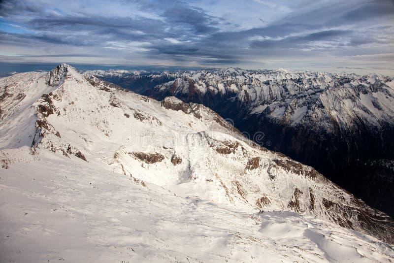Καταπληκτικό τοπίο βουνών από Hintertux, Αυστρία στοκ εικόνα με δικαίωμα ελεύθερης χρήσης