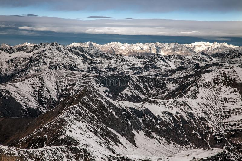 Καταπληκτικό τοπίο βουνών από Hintertux, Αυστρία στοκ φωτογραφίες