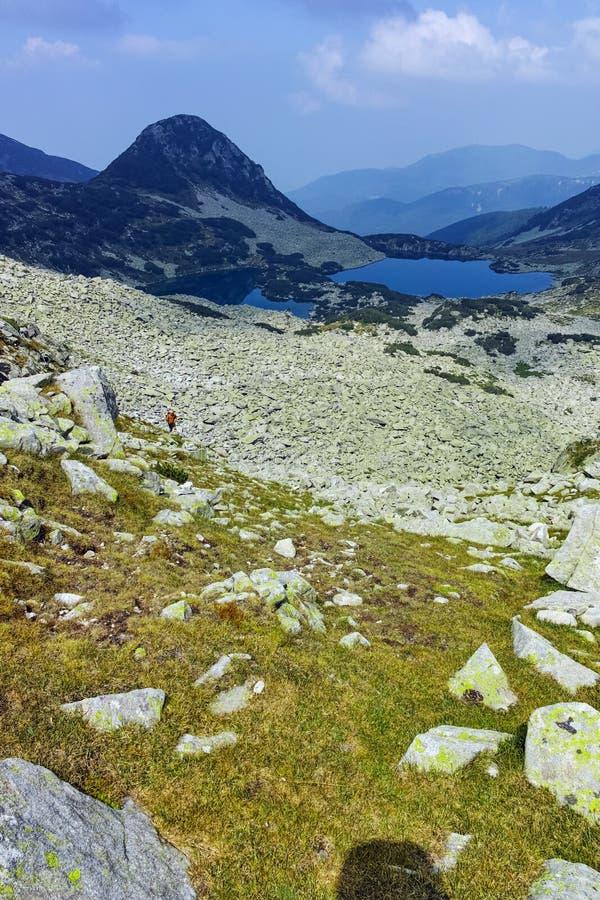 Καταπληκτικό τοπίο με τις λίμνες Gergiyski, βουνό Pirin στοκ φωτογραφίες