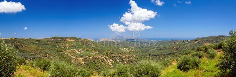 Καταπληκτική άποψη σχετικά με το πανόραμα του νησιού της δυτικής Κρήτης στοκ εικόνες