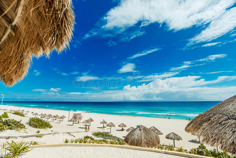 Καταπληκτική παραλία Cancun στοκ φωτογραφία με δικαίωμα ελεύθερης χρήσης