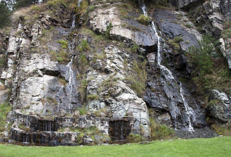 Καταρράκτης στα σερβικά βουνά στοκ φωτογραφία με δικαίωμα ελεύθερης χρήσης