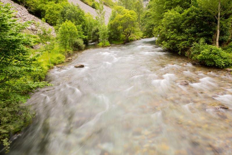 Καταρράκτης στον ποταμό Care στοκ εικόνες με δικαίωμα ελεύθερης χρήσης