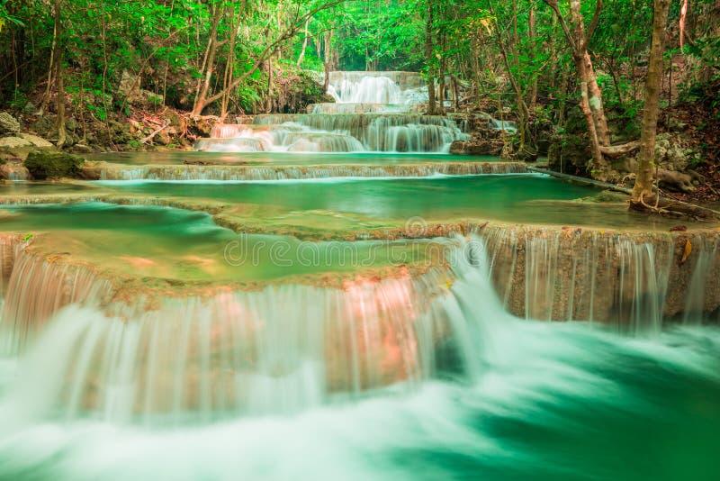 Καταρράκτης στο εθνικό πάρκο Huay Mae Kamin στην Ταϊλάνδη στοκ εικόνα με δικαίωμα ελεύθερης χρήσης
