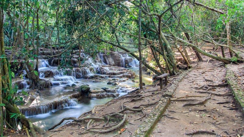 Καταρράκτης της Mae Kamin Huay, Ταϊλάνδη στοκ εικόνες