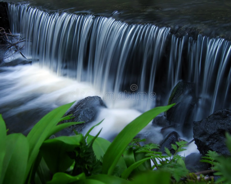 Download καταρράκτης στοκ εικόνες. εικόνα από βράχος, ποταμός, αγνότητα - 377100