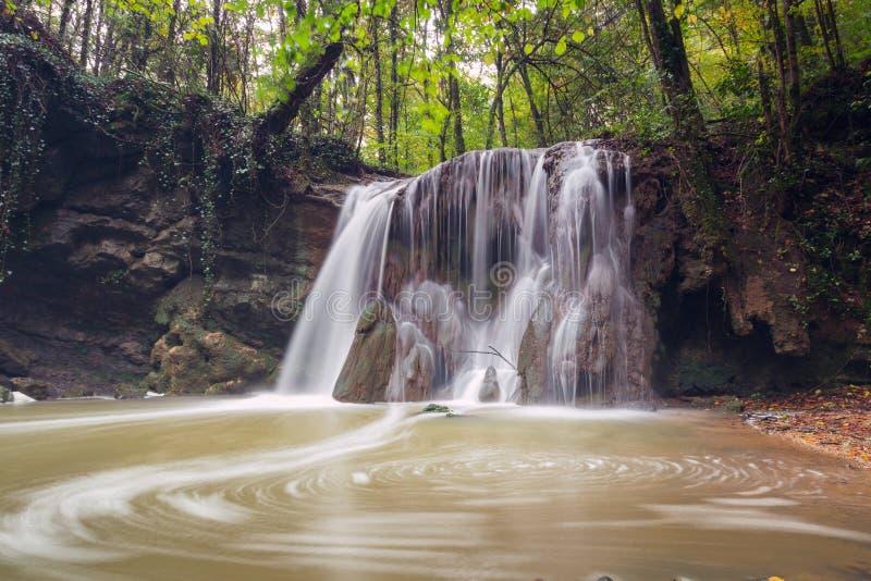 Καταρράκτης Altube στο φυσικό πάρκο Gorbea, βασκική χώρα, Ισπανία στοκ εικόνα με δικαίωμα ελεύθερης χρήσης