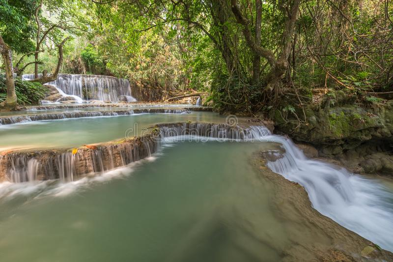 Καταρράκτης Si Kuang στο Λάος στοκ φωτογραφίες