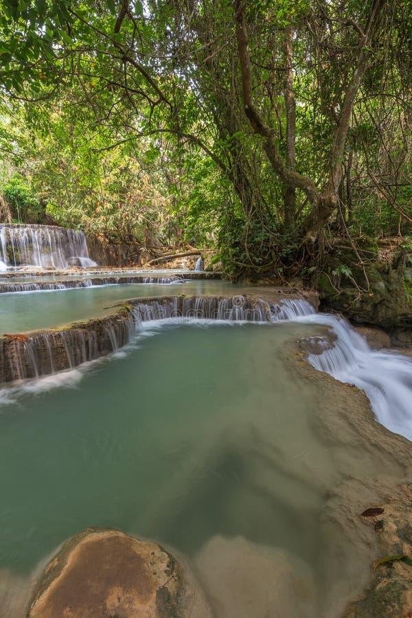 Καταρράκτης Si Kuang στο Λάος στοκ εικόνες