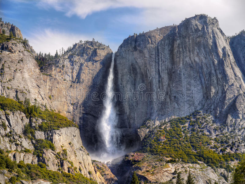 Καταρράκτης Yosemite, εθνικό πάρκο Yosemite στοκ εικόνα με δικαίωμα ελεύθερης χρήσης
