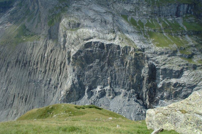 Καταρρεσμένος βράχος κοντινό Grindelwald στην Ελβετία στοκ εικόνες