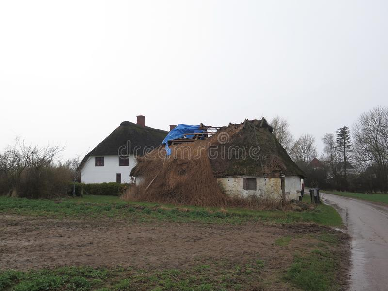 Καταρρεσμένος η στέγη στοκ φωτογραφία με δικαίωμα ελεύθερης χρήσης
