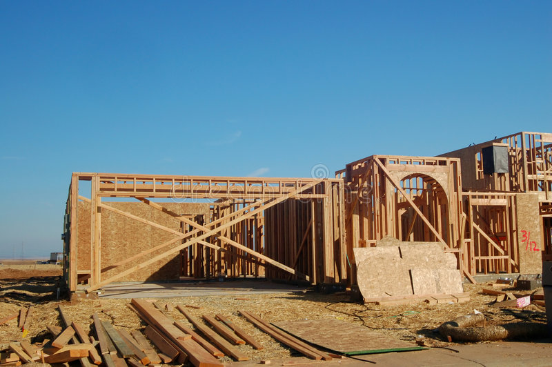 Download κατασκευή νέα στοκ εικόνες. εικόνα από ουρανός, δομή, ξύλινος - 385268