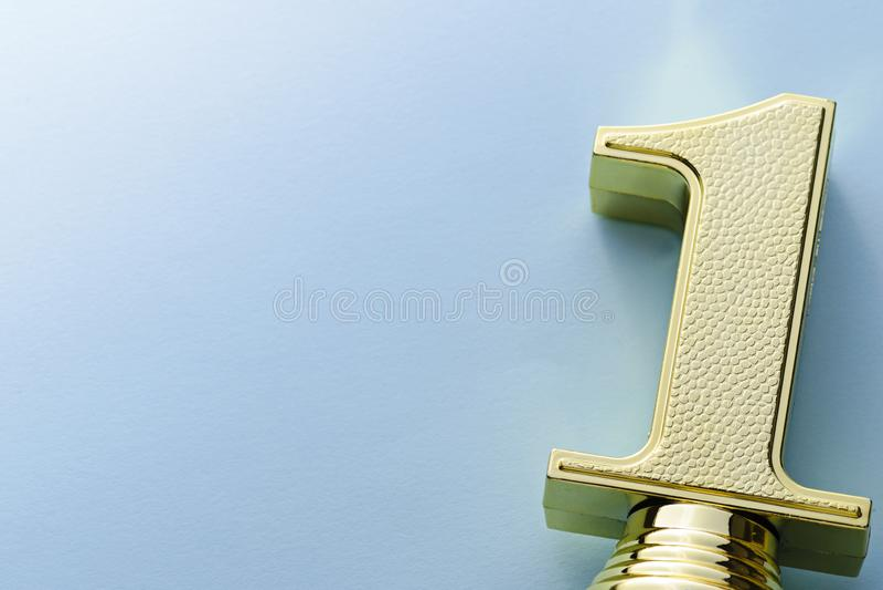 Κατασκευασμένος διακοσμητικός χρυσός αριθμός τροπαίων νικητών ένας στοκ φωτογραφία με δικαίωμα ελεύθερης χρήσης