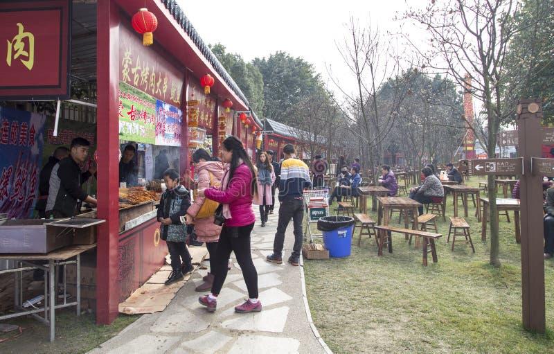 Καταστήματα πρόχειρων φαγητών στο φεστιβάλ ήλιων, chengdu, Κίνα στοκ εικόνες