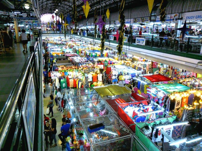 Καταστήματα Bazaar στο εμπορικό κέντρο greenhills στοκ φωτογραφίες με δικαίωμα ελεύθερης χρήσης