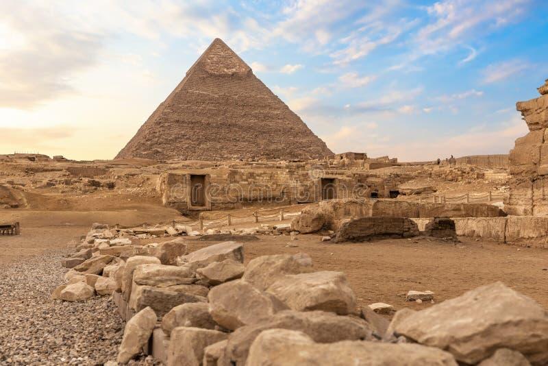 Καταστροφές αρχαίου Giza και της πυραμίδας Chephren, Αίγυπτος στοκ φωτογραφία με δικαίωμα ελεύθερης χρήσης