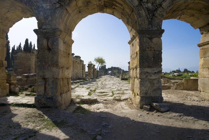 Καταστροφές της αρχαίας πόλης Hierapolis στοκ εικόνες με δικαίωμα ελεύθερης χρήσης