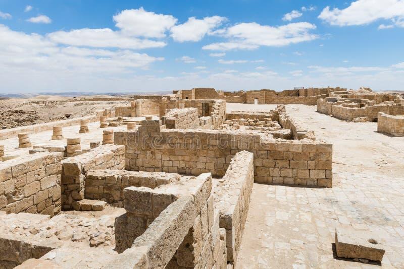 Καταστροφές της βόρειας εκκλησίας στην πόλη Nabataean Avdat, που βρίσκεται στο δρόμο θυμιάματος στην έρημο Judean στο Ισραήλ Είνα στοκ εικόνες