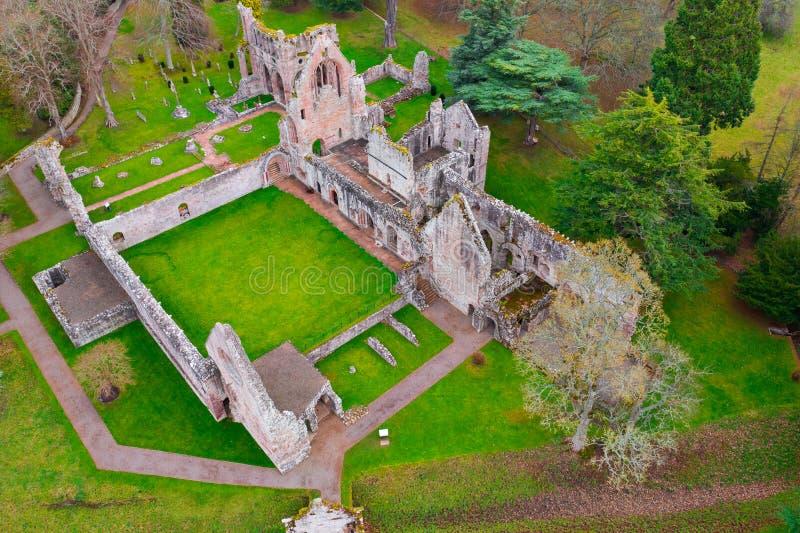 Καταστροφές του αβαείου Dryburgh στα σκωτσέζικα σύνορα στοκ εικόνα