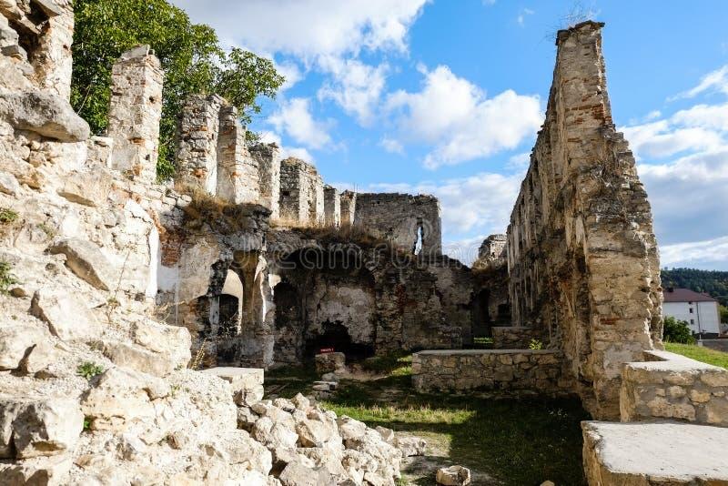 Καταστροφές του παλαιού φρουρίου σε Chortkiv, Ουκρανία στοκ φωτογραφίες