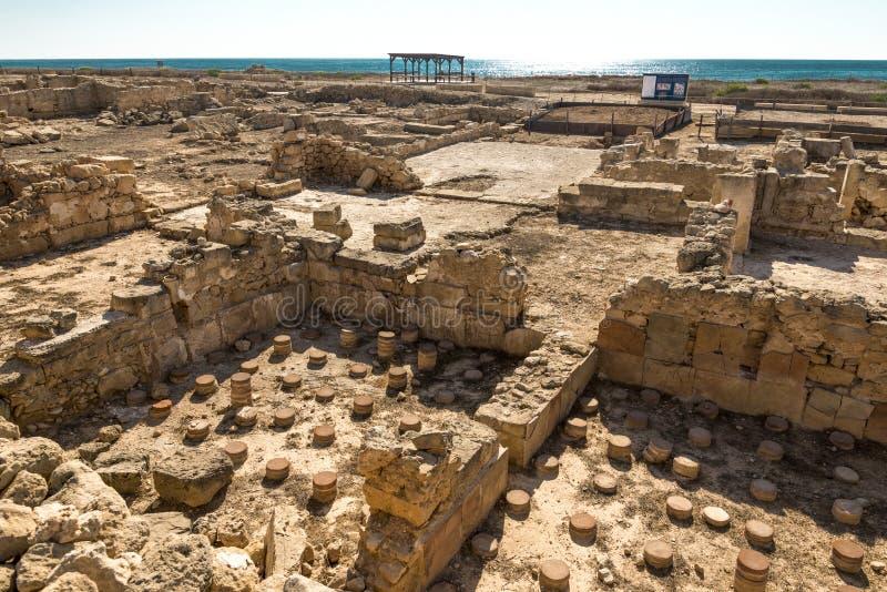 Καταστροφές των αρχαίων σπιτιών της Πάφος επί του αρχαιολογικού τόπου στη Κύπρο στοκ φωτογραφίες με δικαίωμα ελεύθερης χρήσης
