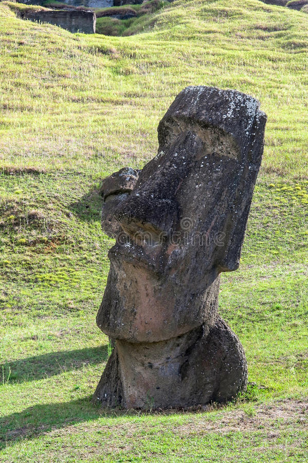 Καταστροφές Moai στο νησί Πάσχας, Χιλή στοκ εικόνες