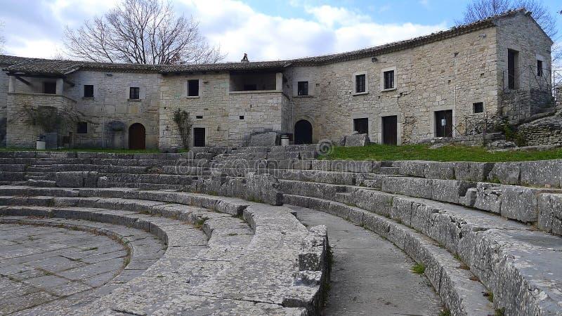 Καταστροφές Saepinum (Altilia), Molise, Ιταλία στοκ εικόνα