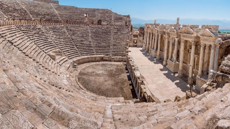 Καταστροφή πόλεων Hierapolis στην Τουρκία σε Pamukkale στοκ εικόνες
