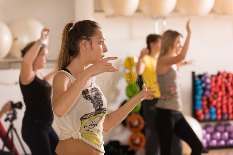 Κατηγορία χορού για τις γυναίκες στοκ εικόνες με δικαίωμα ελεύθερης χρήσης