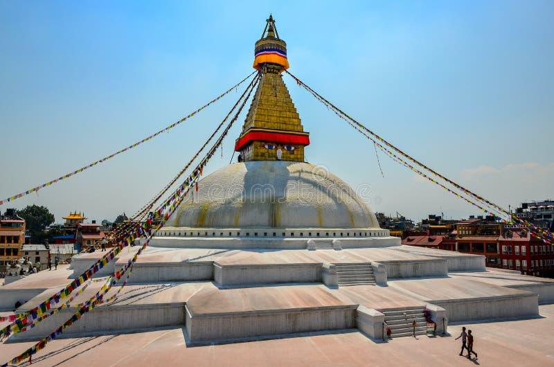 ΚΑΤΜΑΝΤΟΥ, ΝΕΠΑΛ - 18 Απριλίου 2013: Βουδιστικό stupa Boudanath ναών, Κατμαντού, Νεπάλ στοκ φωτογραφίες με δικαίωμα ελεύθερης χρήσης