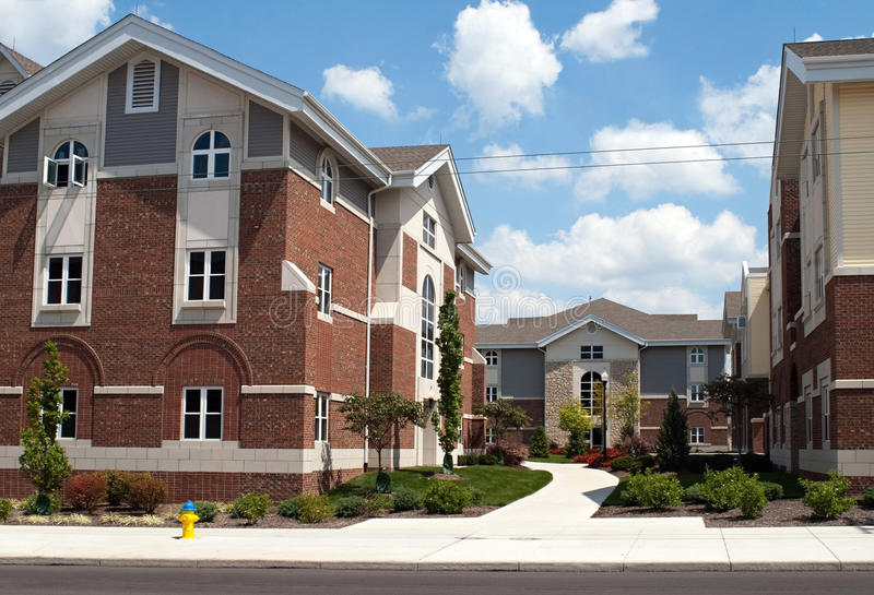Κατοικία πανεπιστημιουπόλεων κολλεγίου στοκ φωτογραφίες