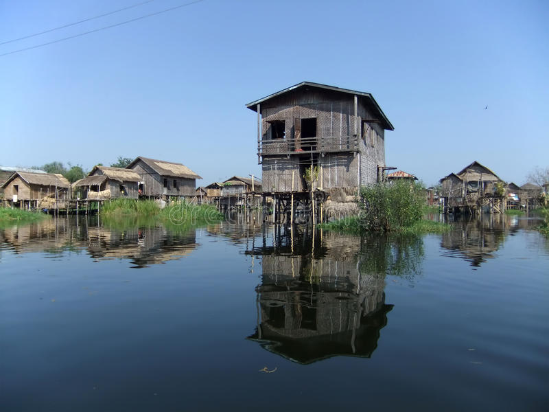 Κατοικία σωρών στοκ εικόνα με δικαίωμα ελεύθερης χρήσης