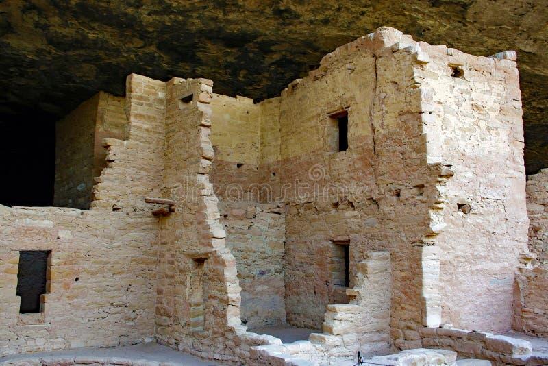 Κατοικίες απότομων βράχων στο εθνικό πάρκο Mesa Verde στοκ φωτογραφία με δικαίωμα ελεύθερης χρήσης