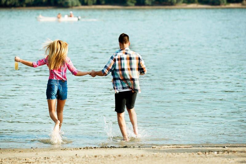 Κατοχή της διασκέδασης στον ποταμό Δούναβη στοκ εικόνες με δικαίωμα ελεύθερης χρήσης