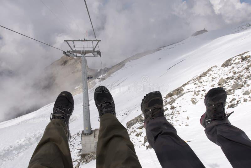 Κατοχή της διασκέδασης chairlift σκι στοκ εικόνα