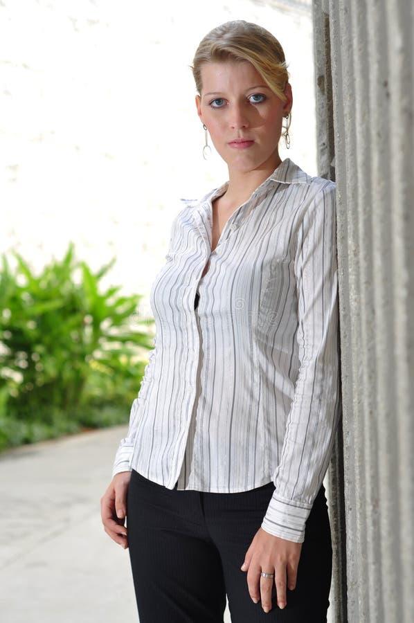 καυκάσιο θηλυκό διοικ&et στοκ φωτογραφία