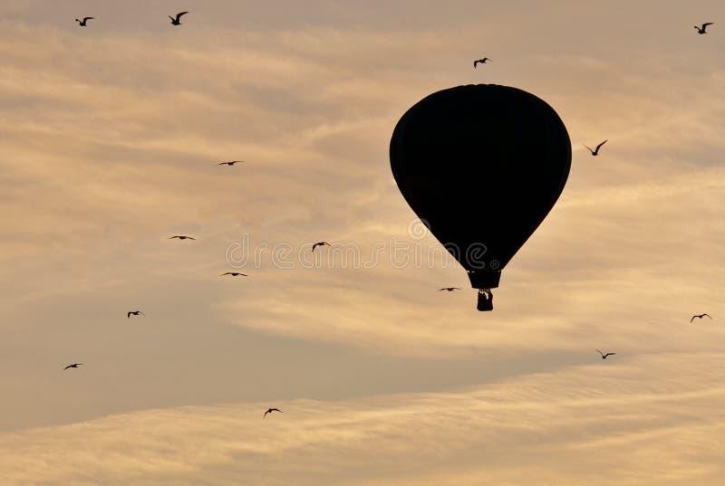 καυτή ανατολή μπαλονιών αέρα στοκ φωτογραφίες