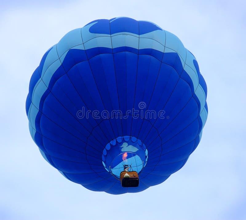 καυτή αύξηση μπαλονιών αέρα στοκ εικόνες