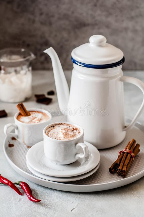 Καυτή σοκολάτα με το τσίλι στοκ φωτογραφίες